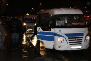 Sakarya'da Minibüsler 1 TL'den Yolcu Taşımaya Başladı